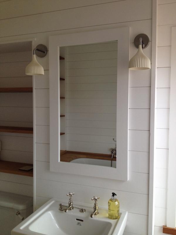 Mirror-Cabinet