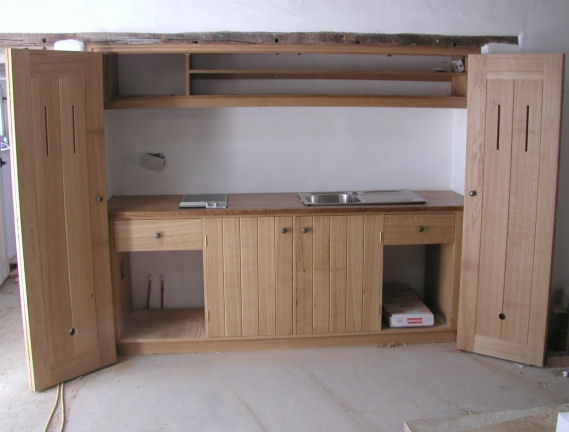 Oak side kitchen