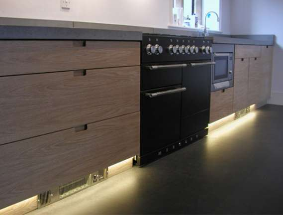 Oak and concrete kitchen